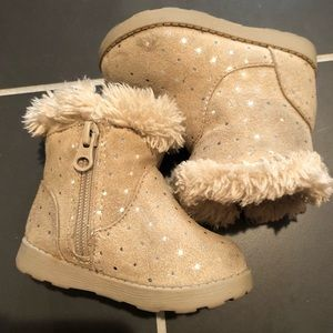 Girls Infant/toddler boots size 4